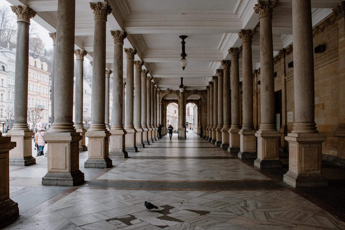 Säulen der Kolonade Karlsbad